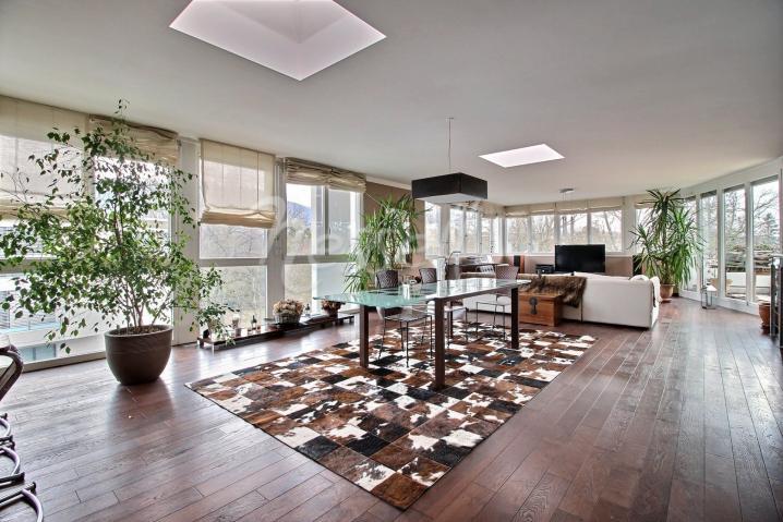 Annonces immobilier vendre en suisse appartement 6 for Acheter maison carouge