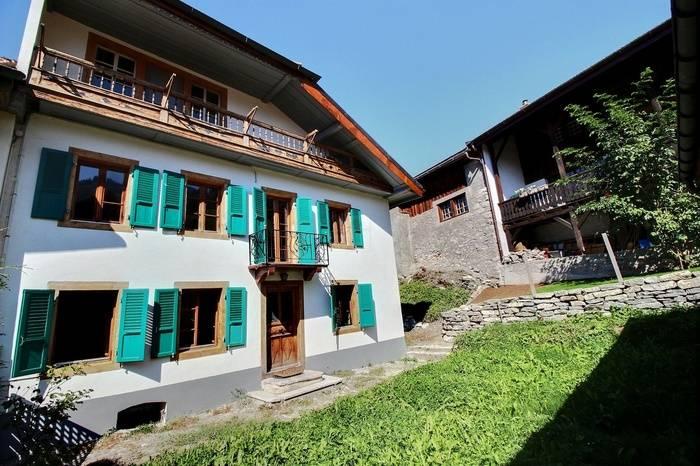 Annonces immobilier vendre en suisse maison 6 pi ces for Cherche maison ou appartement a acheter