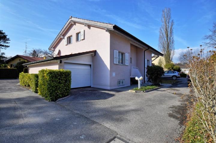 D tail annonce immobili re pour location immobili re maison 5 pi ces bellev - Acheter garage pour louer ...