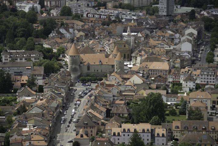 Annonces immobilier vendre en suisse appartement 5 5 for Location studio yverdon les bains