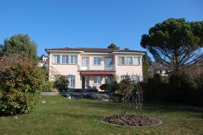 Annonces immobilier vendre en suisse maison 8 5 pi ces for Acheter maison vaud