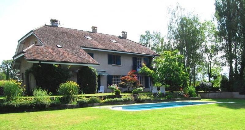 Annonces immobilier vendre en suisse maison 9 pi ces - Incroyable maison monolithique en suisse ...